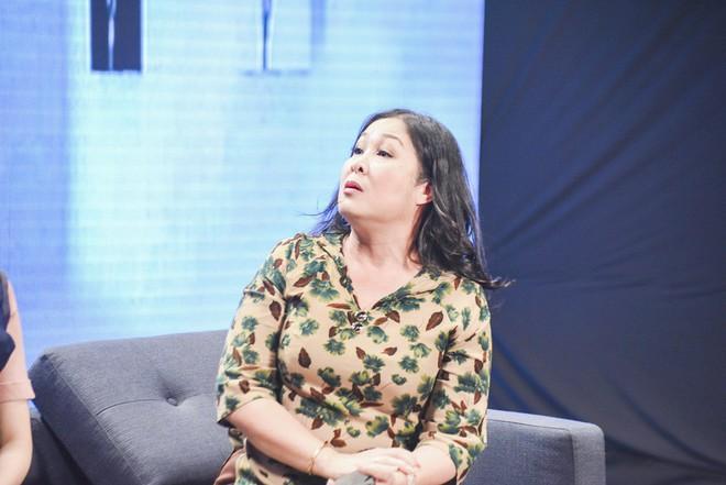 Hari Won đứng hình khi bị nhắc về 3 mối tình trước đây của Trấn Thành - Ảnh 2.