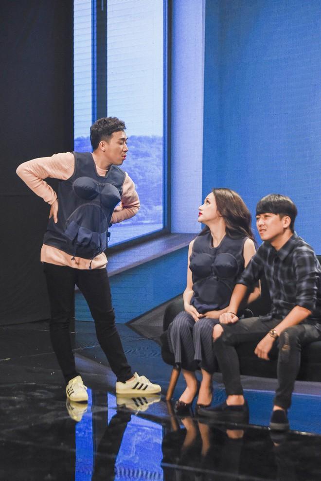 """Hoa hậu Kỳ Duyên """"bật"""" lại MC Thành Trung vì bị chê không có trí tuệ - Ảnh 13."""