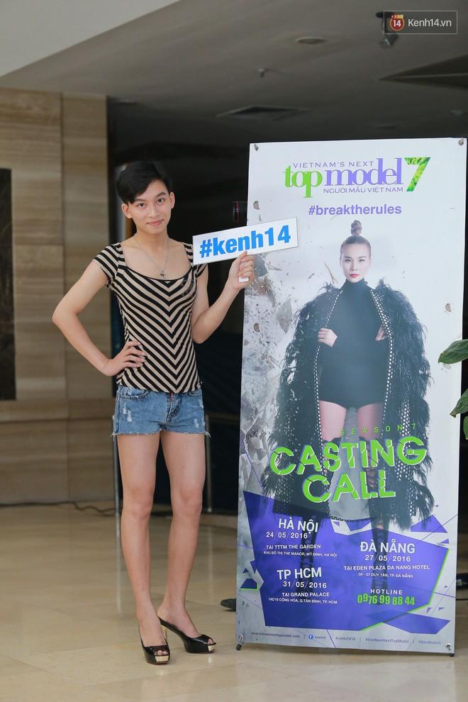 Tại Việt Nam, vòng casting của các TV Show thường kiêm luôn chức năng của lễ hội... mặc dị - Ảnh 7.