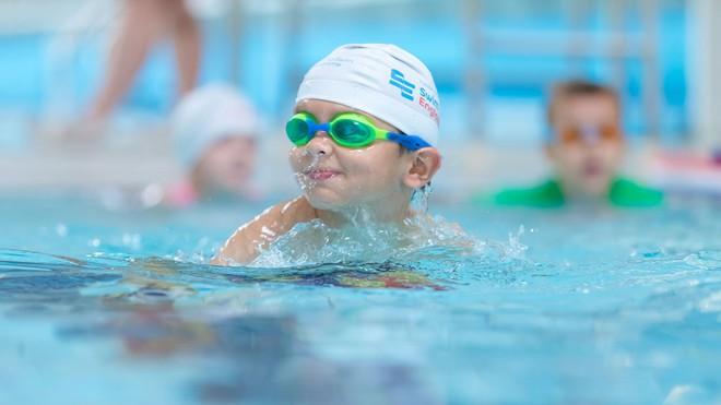 5 điều bố mẹ cần đặc biệt lưu ý để phòng tránh tai nạn dưới nước cho trẻ khi mùa hè đến - Ảnh 1.