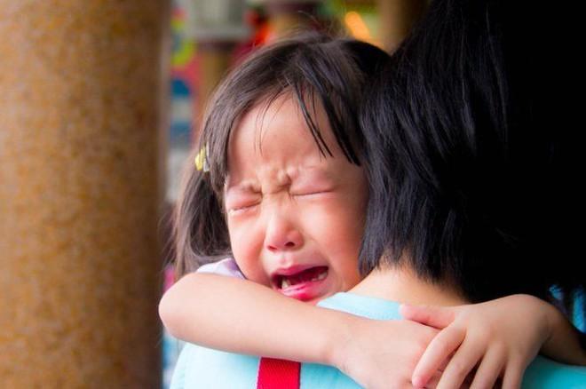 Dấu hiệu cho thấy những cơn giận dỗi, ăn vạ của trẻ đã đến mức báo động đỏ - Ảnh 1.