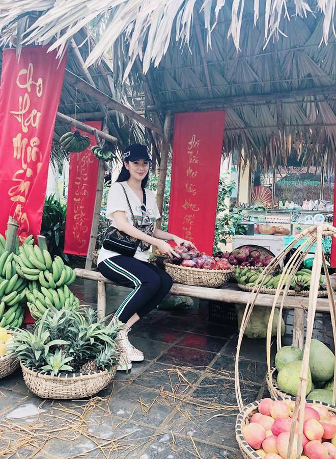 Cứ nói mãi về Ngọc Trinh hay Hà Hồ, ai ngờ showbiz Việt còn có người đẹp này cũng là tay chơi hàng hiệu đáng gờm - Ảnh 16.