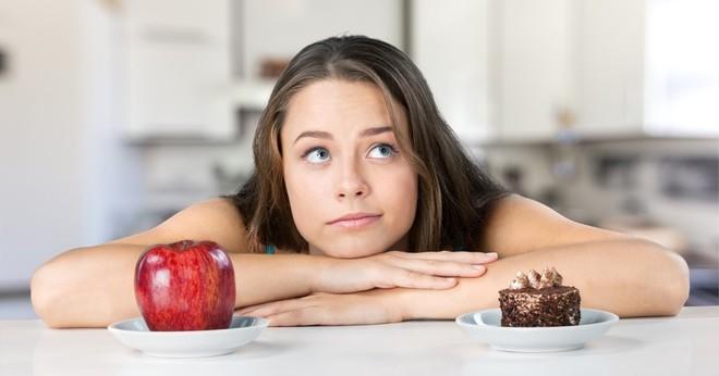 Phụ nữ nếu thường xuyên ăn nhóm thức ăn này sẽ có nguy cơ vô sinh cao gấp đôi so với những người ăn nhiều trái cây - Ảnh 3.