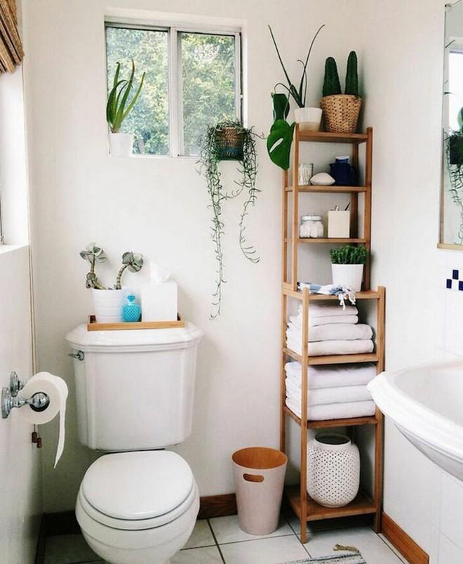 9 mẹo sắp xếp đồ đạc cực đơn giản này sẽ giúp phòng tắm nhà bạn gọn gàng, ngăn nắp trong vòng một nốt nhạc - Ảnh 6.