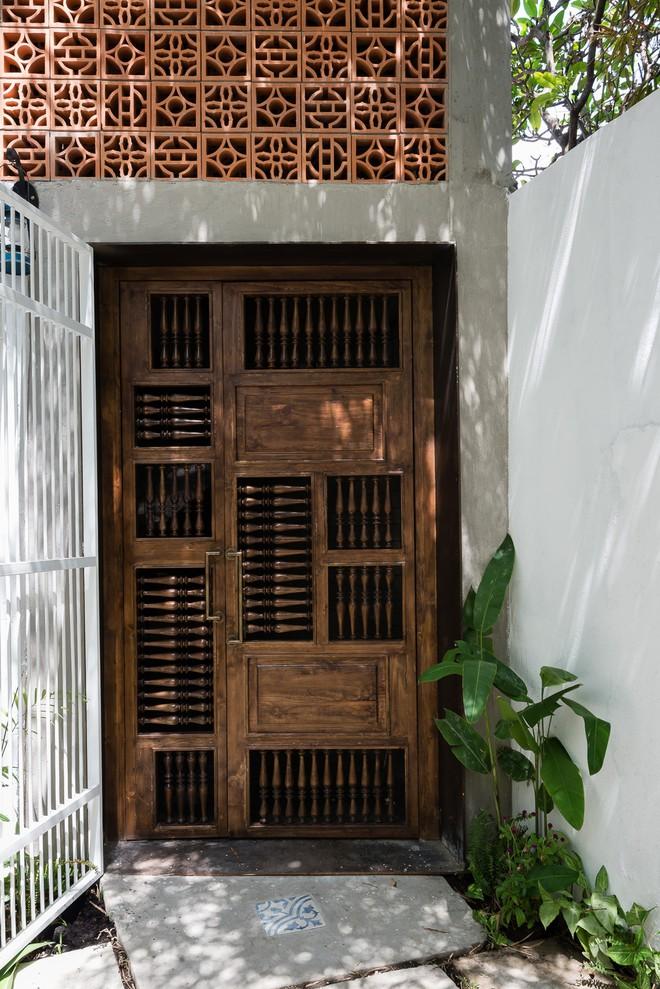 Ngôi nhà trong hẻm nhỏ chỉ bước chân về đã thấy mỏi mệt dừng nơi cánh cửa ở Sài Gòn - Ảnh 2.