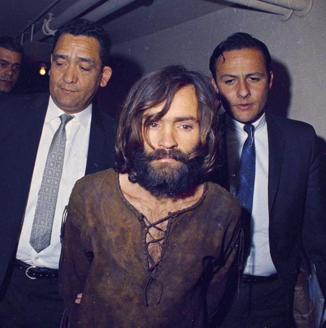 Vụ án gia đình Manson: Kẻ thảm sát nữ diễn viên xinh đẹp đang mang thai làm rung chuyển Hollywood, khiến cả nước Mỹ khiếp sợ - Ảnh 11.