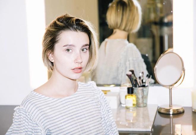 Chia sẻ của Amanda Montell, cô gái luôn thấy hạnh phúc với việc tiêm botox ở tuổi 26 - Ảnh 6.