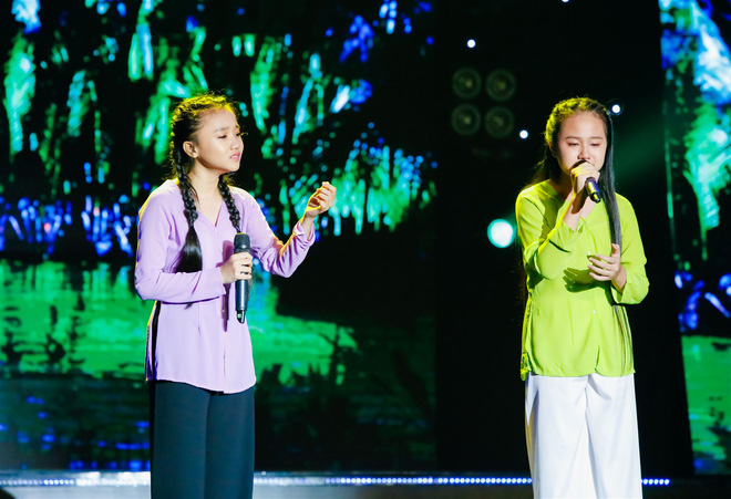 Khả Như – Ngô Kiến Huy rưng rưng nước mắt khi nghe 2 cô bé này hát về mẹ - Ảnh 2.