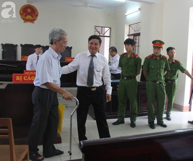 Nóng: Hủy bản án 18 tháng tù treo cấp phúc thẩm, tuyên phạt bị cáo Nguyễn Khắc Thủy 3 năm tù giam - Ảnh 3.