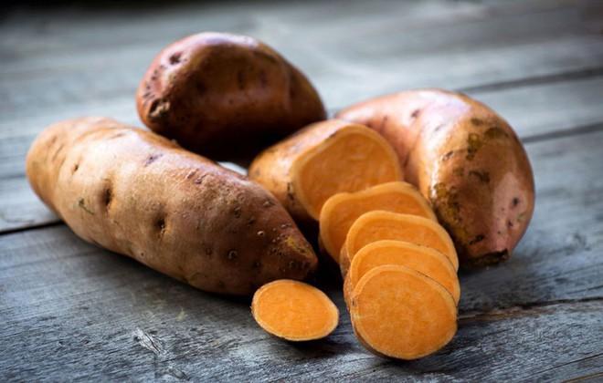 Muốn da sáng mịn tự nhiên nhất định không được bỏ qua những thực phẩm này - Ảnh 7.