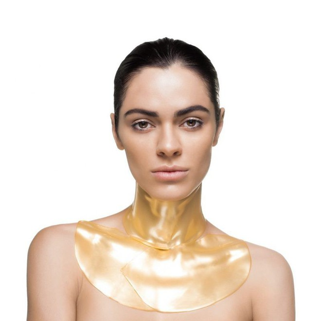 """Được bao người đẹp Hollywood """"selfie"""" cùng, loại mặt nạ chiết xuất từ vàng này có gì xuất sắc đến thế? - Ảnh 6."""