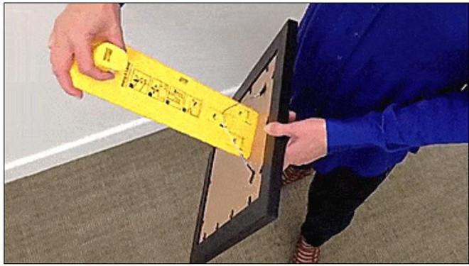 Bí quyết treo tranh tại gia đẹp cân đối, chuẩn từng milimet như ngoài triển lãm - Ảnh 2.