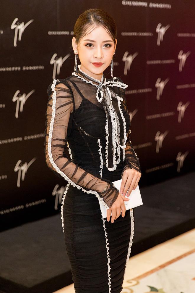 Cùng 1 chiếc đầm hiệu: Yoona được khen đẹp, Chi Pu bị chê sến và bạn hãy tự đánh giá Hari Won - Ảnh 3.