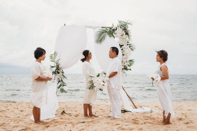 Ảnh cưới vui chất ngất của cặp đôi U50 đã sống thật 35 hạnh phúc lại có 2 phù dâu một tay lo tất tần tật - Ảnh 5.