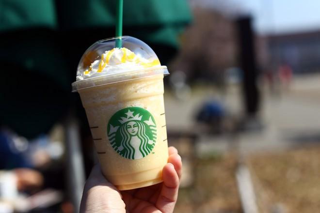 Bất ngờ món đồ uống sáng tạo của Starbucks ở châu Á - Ảnh 6.