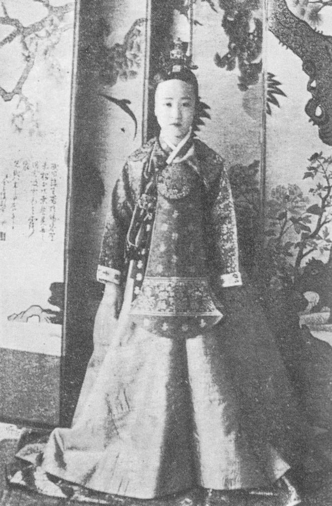 Công chúa cuối cùng của Triều Tiên: Sống lưu lạc từ 13 tuổi, hơn nửa đời mất trí, tuổi trung niên bị chồng bỏ, con gái tự sát - Ảnh 1.