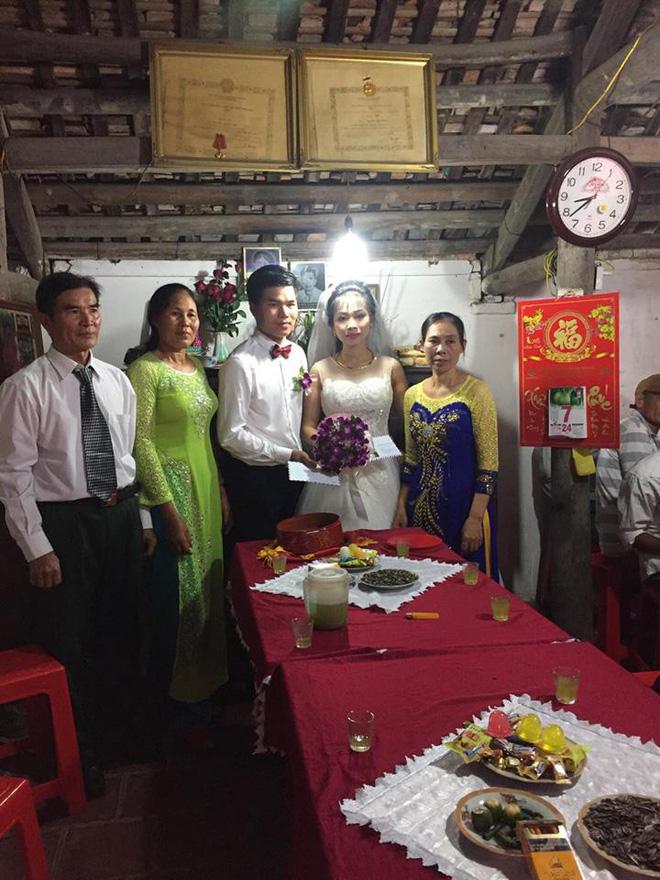 Tiết lộ hậu trường từ đám cưới nổi tiếng Thanh Hóa khách tặng 3 bao tải thóc mừng cô dâu chú rể - Ảnh 4.