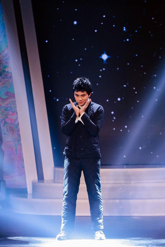 Bị nghi hát nhép ngay trong tập 1 Gương mặt thân quen, Duy Khánh lên tiếng  - Ảnh 3.