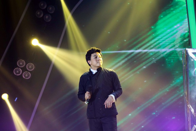 Bị nghi hát nhép ngay trong tập 1 Gương mặt thân quen, Duy Khánh lên tiếng  - Ảnh 4.