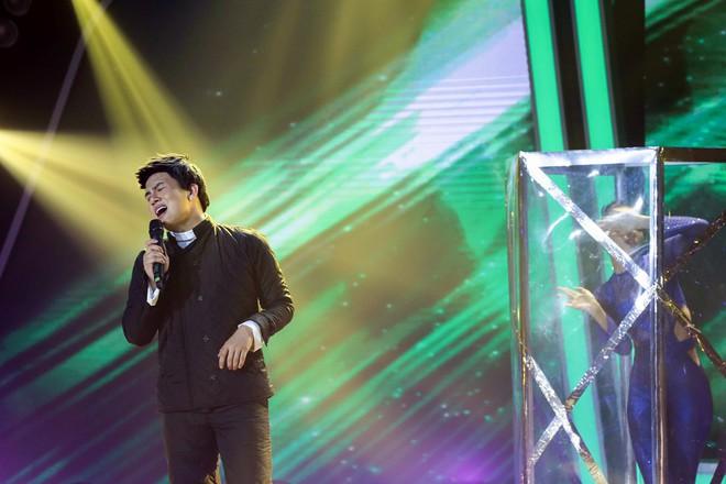 Bị nghi hát nhép ngay trong tập 1 Gương mặt thân quen, Duy Khánh lên tiếng  - Ảnh 5.