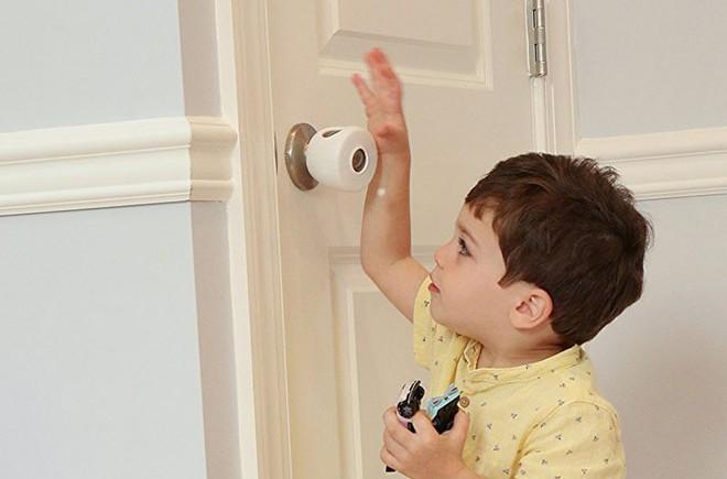 Loạt bảo bối giúp các mẹ giữan toàn cho bé khi vui chơi trong nhà - Ảnh 2.