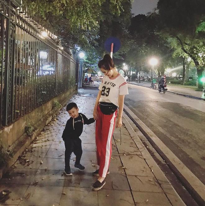 Ghen tị với tổ ấm chồng chiều con ngoan của những hot girl Việt đình đám - Ảnh 24.