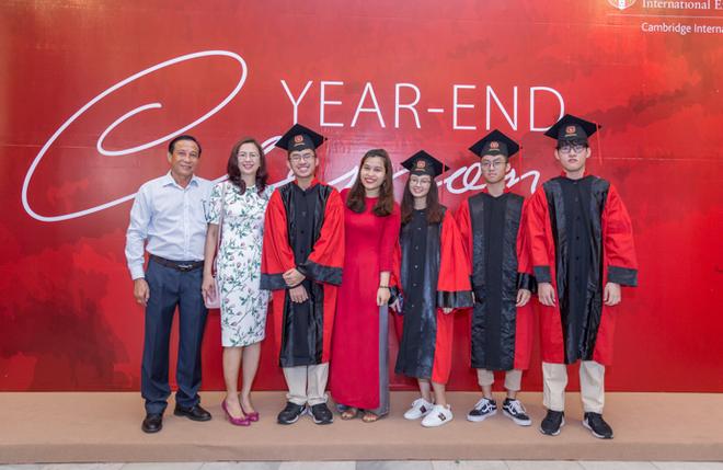 Trường học song ngữ quốc tế dưới góc nhìn của các bố mẹ doanh nhân - Ảnh 7.