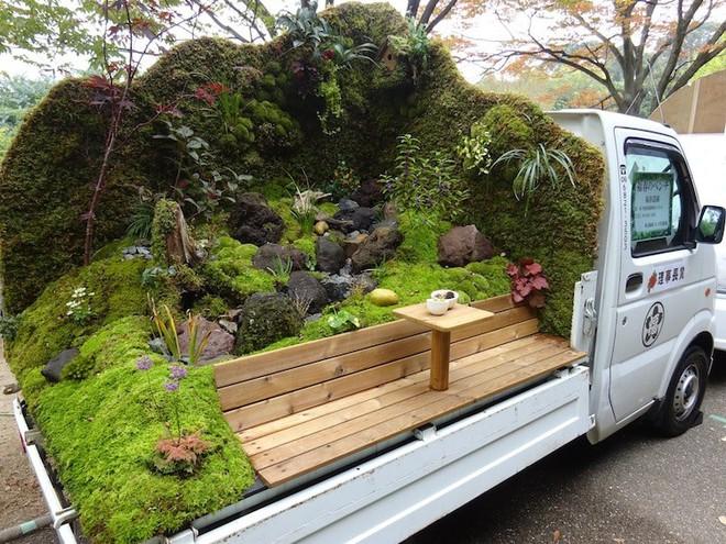 Xe tải cũ hỏng biến thành vườn cây xanh mát đẹp mê li, một lần nữa người Nhật lại khiến thế giới phải choáng váng - Ảnh 1.