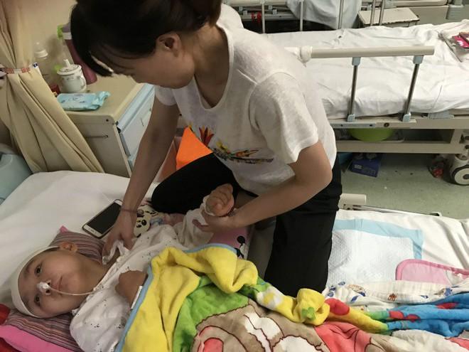 Cảm động người mẹ thà phải đối mặt với căn bệnh ung thư vẫn quyết nhường hy vọng sống cho con gái mình - Ảnh 6.
