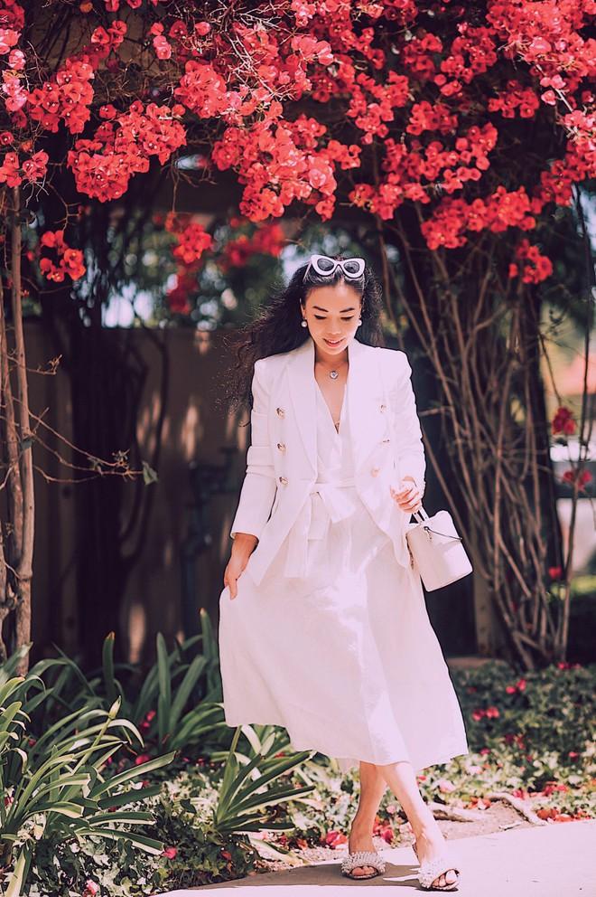 Chính ra càng diện đồ đơn giản lại càng đẹp, không tin bạn cứ ngắm loạt street style của các quý cô Châu Á tuần này - Ảnh 6.