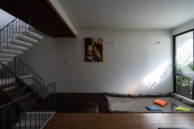 Ngôi nhà hướng Tây nhưng không bao giờ sợ nắng nóng của gia đình 3 thế hệ ở Nha Trang - ảnh 10