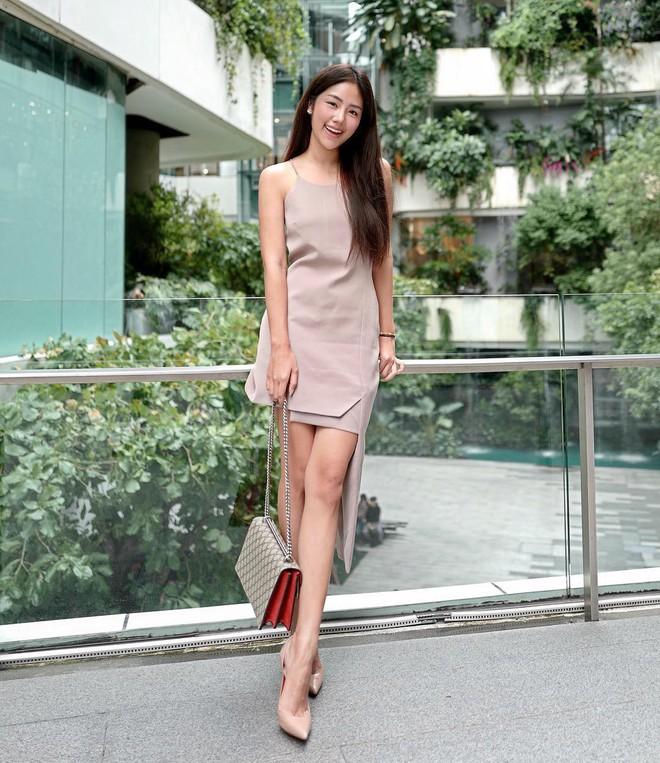 Chính ra càng diện đồ đơn giản lại càng đẹp, không tin bạn cứ ngắm loạt street style của các quý cô Châu Á tuần này - Ảnh 7.