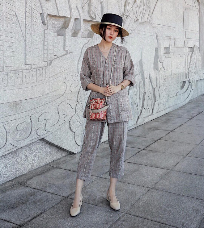 Chính ra càng diện đồ đơn giản lại càng đẹp, không tin bạn cứ ngắm loạt street style của các quý cô Châu Á tuần này - Ảnh 12.