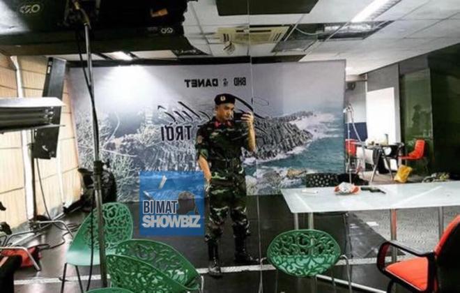 Thượng sĩ Seo Hữu Vi hé lộ hình ảnh trong hậu trường phim Hậu duệ mặt trời bản Việt - Ảnh 2.