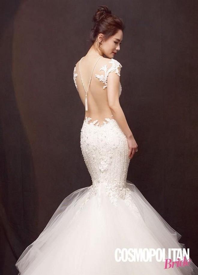 Chung Hân Đồng khoe nhan sắc lão hóa ngược đáng ghen tị với váy cưới trắng tinh khôi - Ảnh 3.