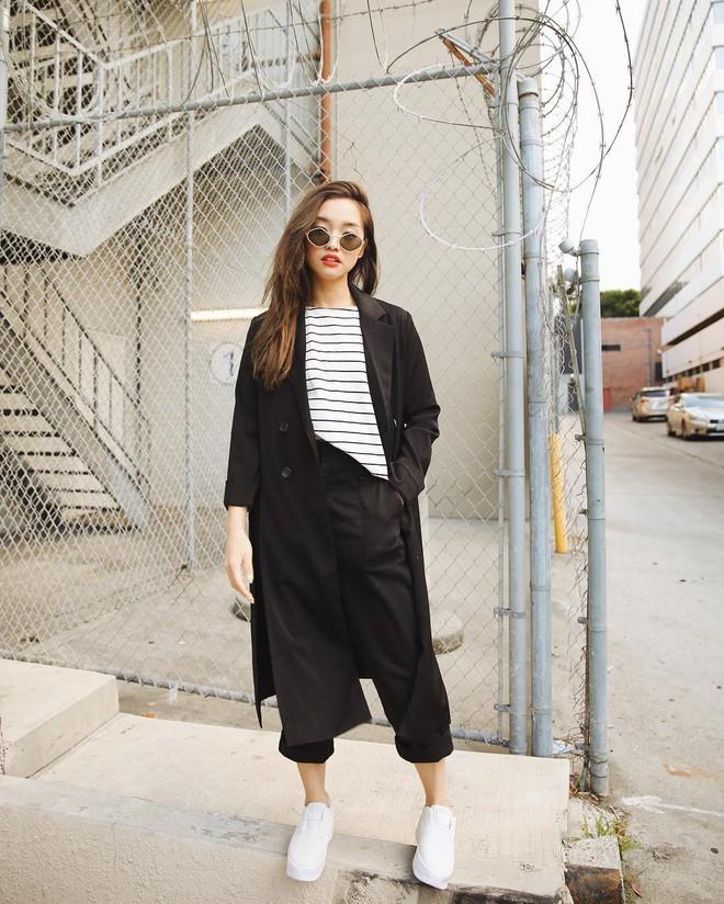 """Mặc đẹp từ đồ công sở tới trang phục """"ngầu"""", ai ngờ nàng blogger với hàng triệu người hâm mộ này chỉ cao 1m55 - Ảnh 6."""