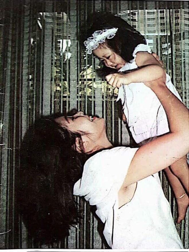 Chân dung Hoàng Châu, cô con gái lớn tài năng, xinh như hoa hậu vừa lấy chồng của nghệ sĩ Hồng Vân - ảnh 7