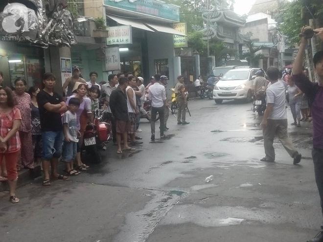 Vụ 2 cha con nghi bị sát hại ở Sài Gòn: Người con trai 31 tuổi chưa lập gia đình, có biểu hiện trầm cảm - ảnh 1