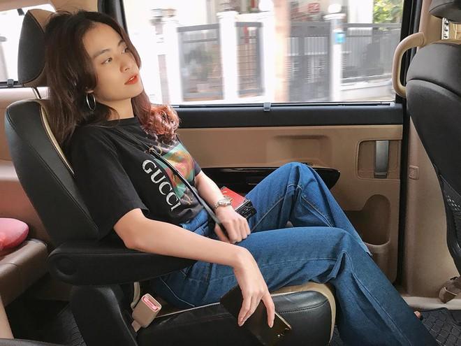 Chỉ với áo phông kẻ và quần jeans, một mình Hà Tăng cân cả street style sao Việt tuần này - Ảnh 15.