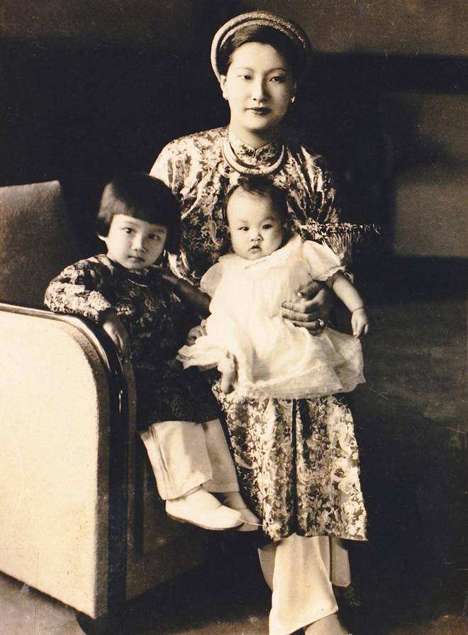 Bức thư gửi bồ nhí của chồng và cách ghen đầy kiêu hãnh của Nam Phương Hoàng hậu - Ảnh 8.