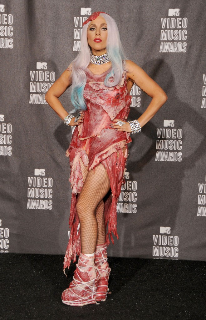 """Lady Gaga: """"Quái vật"""" nổi loạn từng bị cả thế giới quay lưng, quá khứ bị xâm hại tình dục đã tạo nên tượng đài âm nhạc vĩ đại của thế giới - Ảnh 5."""