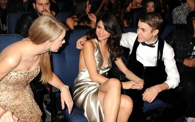 Taylor Swift và Selena Gomez: Tình bạn chân thành suốt 13 năm của hai ngôi sao quyền lực nhất showbiz - Ảnh 12.