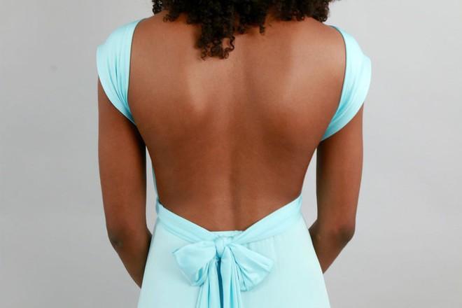 Trải nghiệm váy thần kỳ mặc được chục kiểu khác nhau: Đời không như là mơ - Ảnh 11.