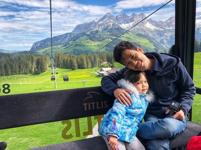 Gặp ông bố một mình lái xe 4.500km đưa 2 con và vợ chu du 9 nước Châu Âu trong 21 ngày - Ảnh 17.