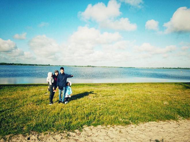 Gặp ông bố một mình lái xe 4.500km đưa 2 con và vợ chu du 9 nước Châu Âu trong 21 ngày - Ảnh 23.