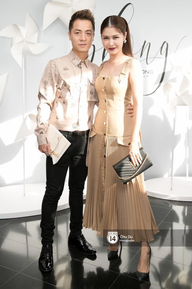 Hoa hậu Mỹ Linh lần đầu lên đồ tới hơn 3 tỷ đồng, Jun Vũ khoe vẻ đẹp mong manh tại show của NTK Chung Thanh Phong - Ảnh 16.