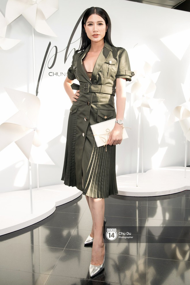 Hoa hậu Mỹ Linh lần đầu lên đồ tới hơn 3 tỷ đồng, Jun Vũ khoe vẻ đẹp mong manh tại show của NTK Chung Thanh Phong - Ảnh 23.