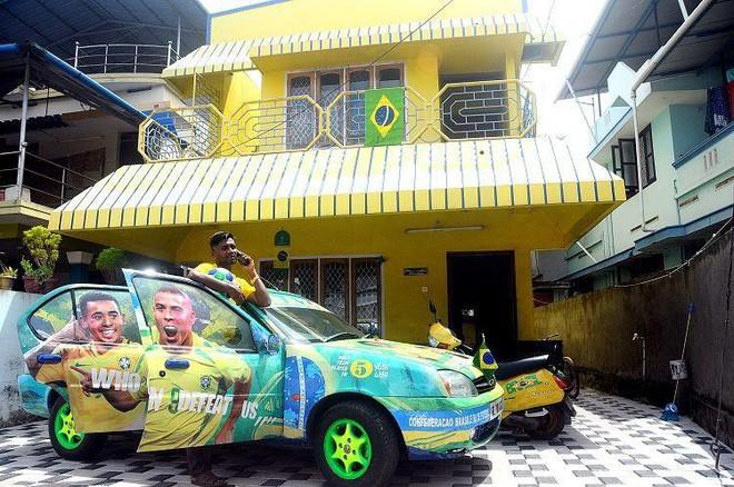 Người đàn ông mua sơn về bôi vàng kín cả nhà và xe, hàng xóm đi qua cứ tròn mắt nhìn nhưng lý do thì thú vị lắm - Ảnh 4.