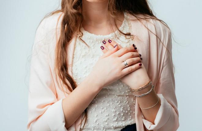 Đây là những vị trí trên cơ thể có thể ngầm cảnh báo bệnh ung thư da mà bạn thường không để ý - Ảnh 4.