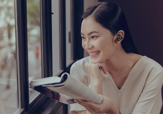 Ăn chay trường, chọn cách sống an yên, Helly Tống vẫn khiến người ta chú ý vì vẻ đẹp kiêu sa ở tuổi 23 - Ảnh 10.
